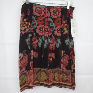 Allison Taylor Skirt Size 8 Flowery 100% Silk NEW
